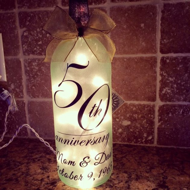15-Unique-Handmade-Bottle-Light-Ideas-For-Creative-Lighting-4-630x630